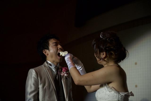 結婚式の盛り上がる演出ファーストバイト