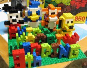 レゴで作るキャラクター