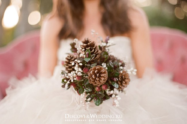 松ぼっくりのウェディングブーケ 秋結婚式 挙式アイテム