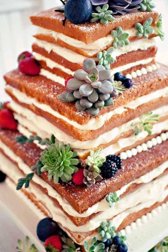 四角形のネイキッドケーキ